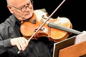 Excelente concierto del prestigioso músico Atar Arad en el Teatro del Bicentenario