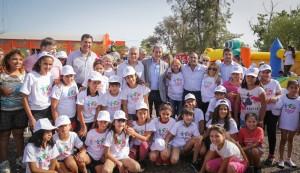 Roberto Gattoni desayunó con 800 niños en la Colonia de Verano de 25 de Mayo