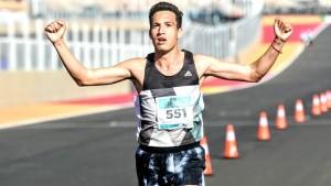 Diego Elizondo ya está en España para correr la Maratón de Sevilla