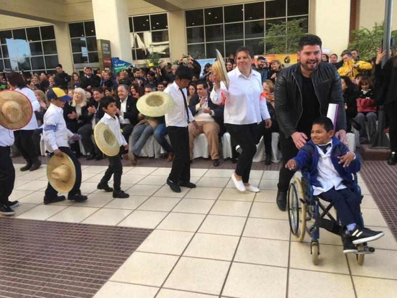 """A puro ritmo comenzó el """"Mes de la Inclusión"""" educativa"""