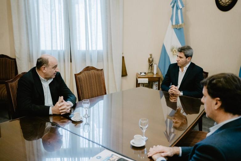El gobernador Uñac recibió a integrantes de la Federación Económica