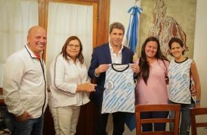 El gobernador Uñac dialogó con integrantes de la Selección Nacional de Hockey Social