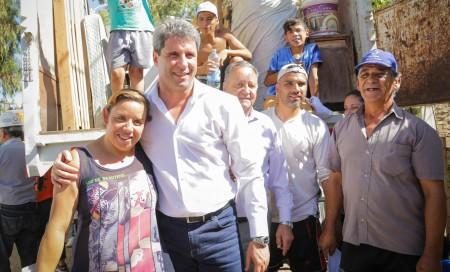 Sergio Uñac supervisó la relocalización de asentamientos en Caucete y en Pocito