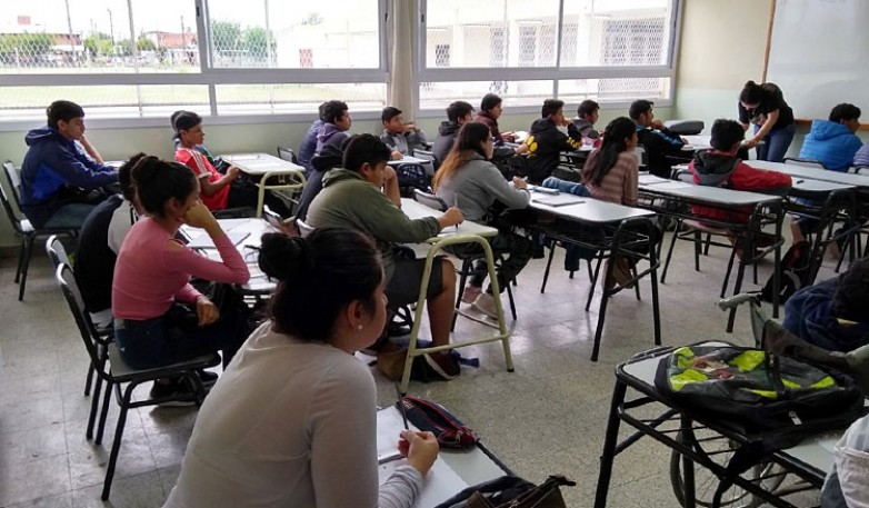Educación realiza un intenso trabajo de asistencia y fortalecimiento para evitar el abandono escolar
