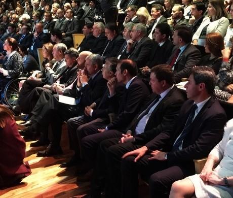 Firman acta Compromiso con la Educación en Buenos Aires con gobernadores y ministros