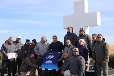 Los veteranos sanjuaninos rindieron homenaje en el Cementerio Darwin a los caídos en Malvinas