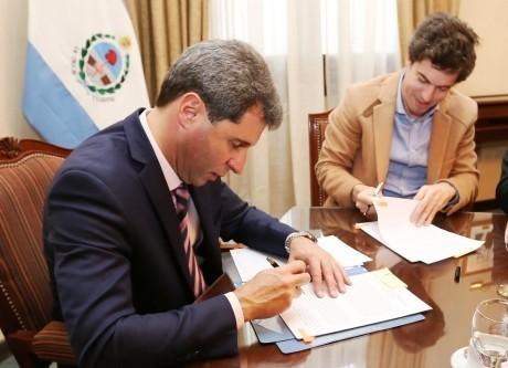 Gobierno firmó convenio por el financiamiento del Acueducto Gran Tulum