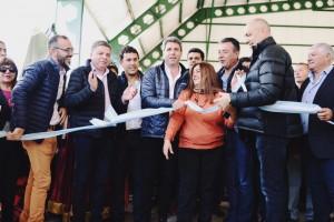 Uñac inauguró un techado e hizo importantes anuncios en Jáchal