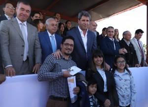 Uñac entregó las llaves del barrio Sutiaga en Rivadavia