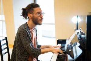 Gabriel Dávila: la revelación que hará oir su música en el Espectáculo Final