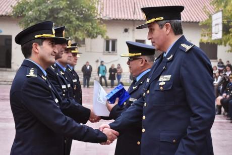 Distinguen a personal de las fuerzas de seguridad