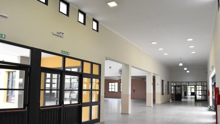 Inauguran el moderno edificio de una escuela de Educación Especial