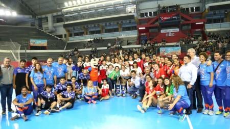 Intercolegiales: Inmaculada en damas y Boero en varones, campeones en handball
