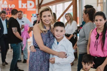 Fabiola Yáñez conoció 'Infinito por Descubrir' y almorzó con niños de Astica