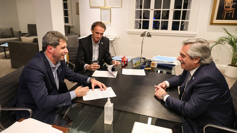 Uñac se reunió con Alberto Fernández para analizar la situación económica y sanitaria nacional y provincial