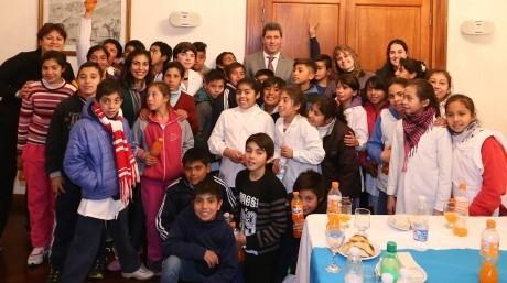 Alumnos de escuela de Caucete visitaron Casa de Gobierno