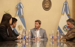Empresarios chinos presentaron saludos al gobernador