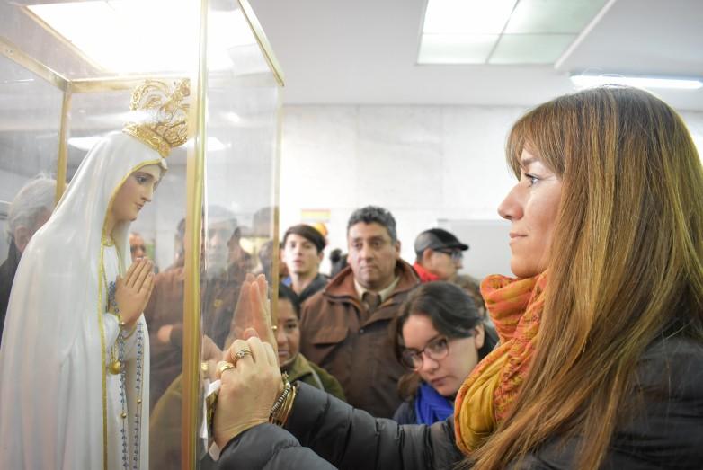 La patrona de los enfermos visitó el Marcial Quiroga