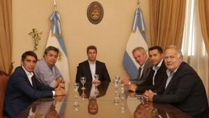 El gobernador Uñac recibió la visita de un funcionario de La Pampa